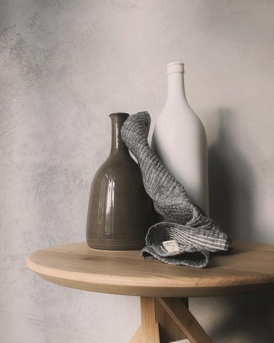 bottles-ceramics-close-up-842950.jpg