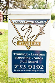 lance-hayes-stables-driveway-sign.jpeg