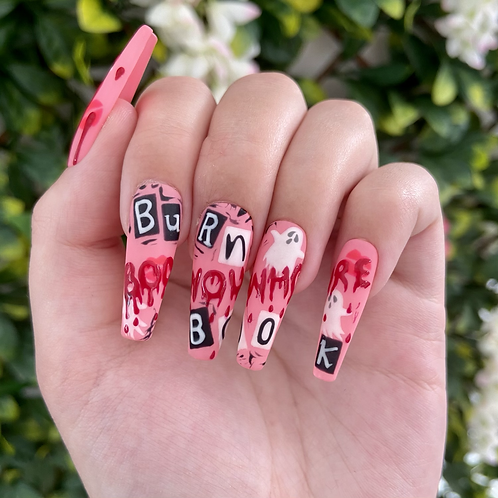 'Boo You' Nails