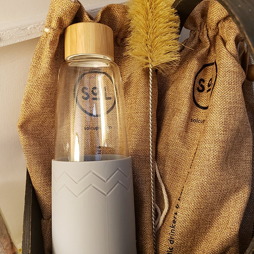 Hand-Blown Borosilicate Glass Water Bottle w/Jute Pouch & Cleaning Brush