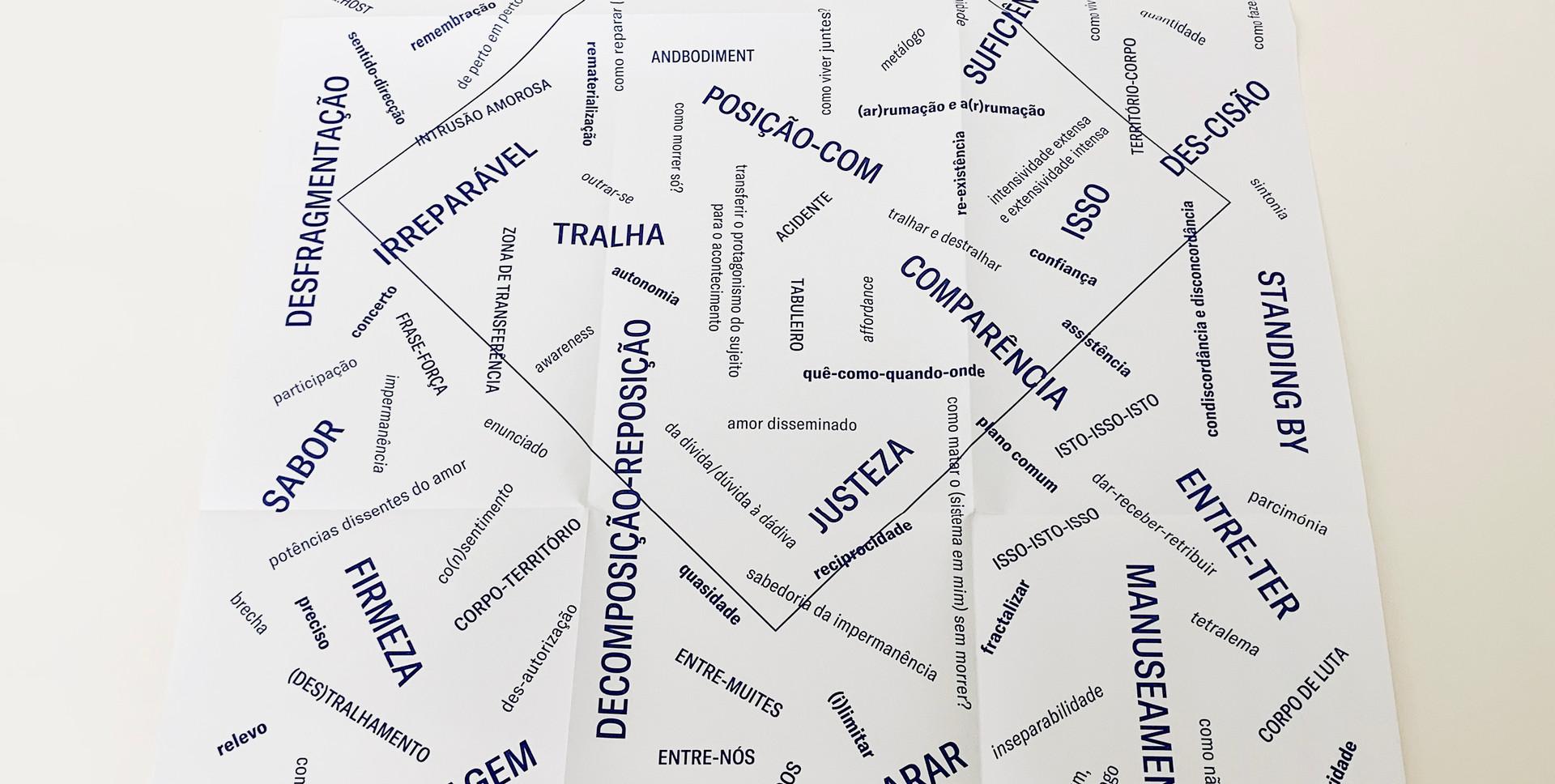 Caixa-Livro AND | Cartaz Jogo de Palavras