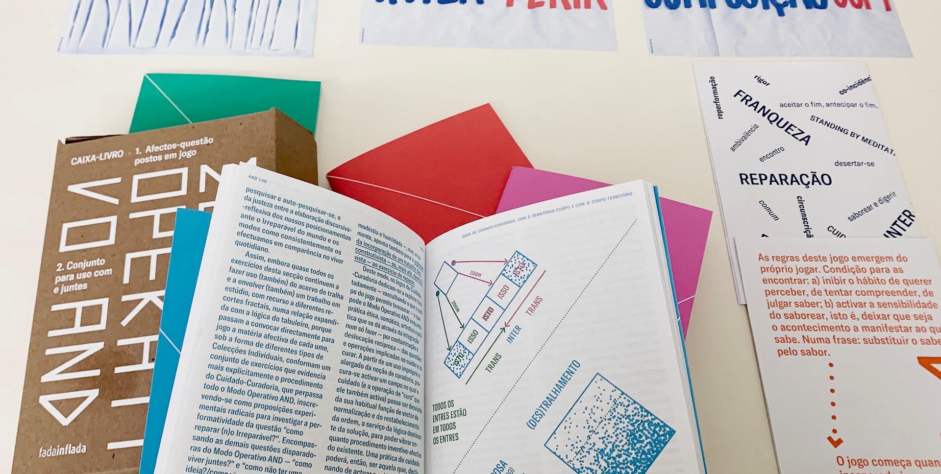 Caixa-Livro AND | Cadernos folheados