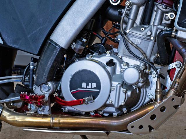 AJP PR7