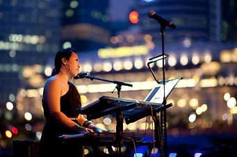 One of the several shows that Serene did at Esplanade Outdoor, Theatres on the Bay
