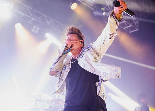 Jacoby Shaddix from Papa Roach performing at O2 Forum Kentish Town 2019 A4 Print