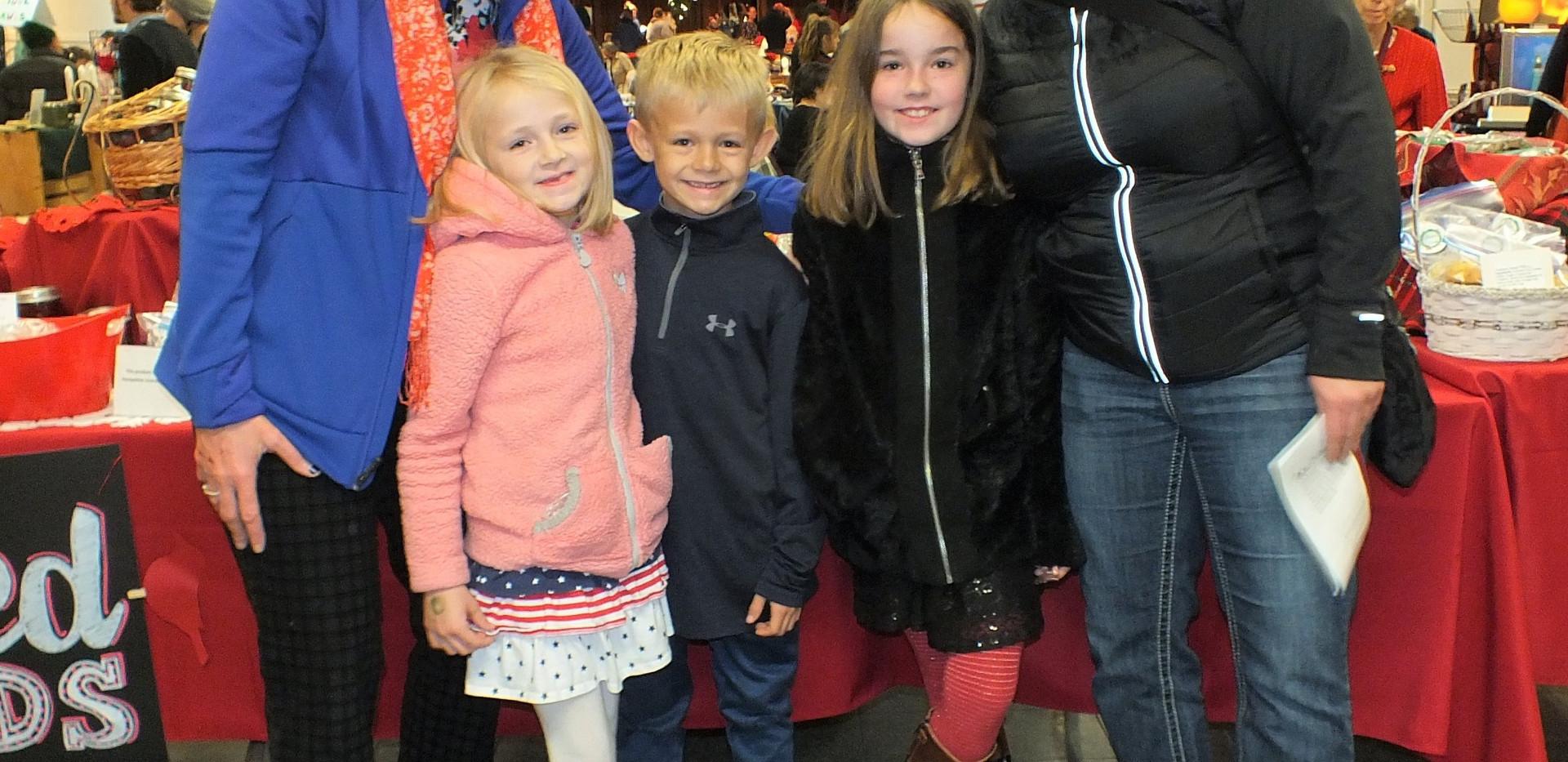 ChristmasattheBrook2019_Family_enjoying_