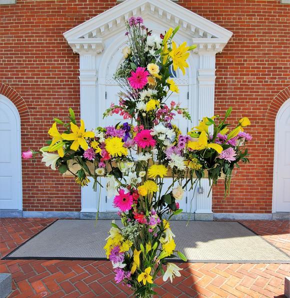 Easter2020_flower_cross.jpg
