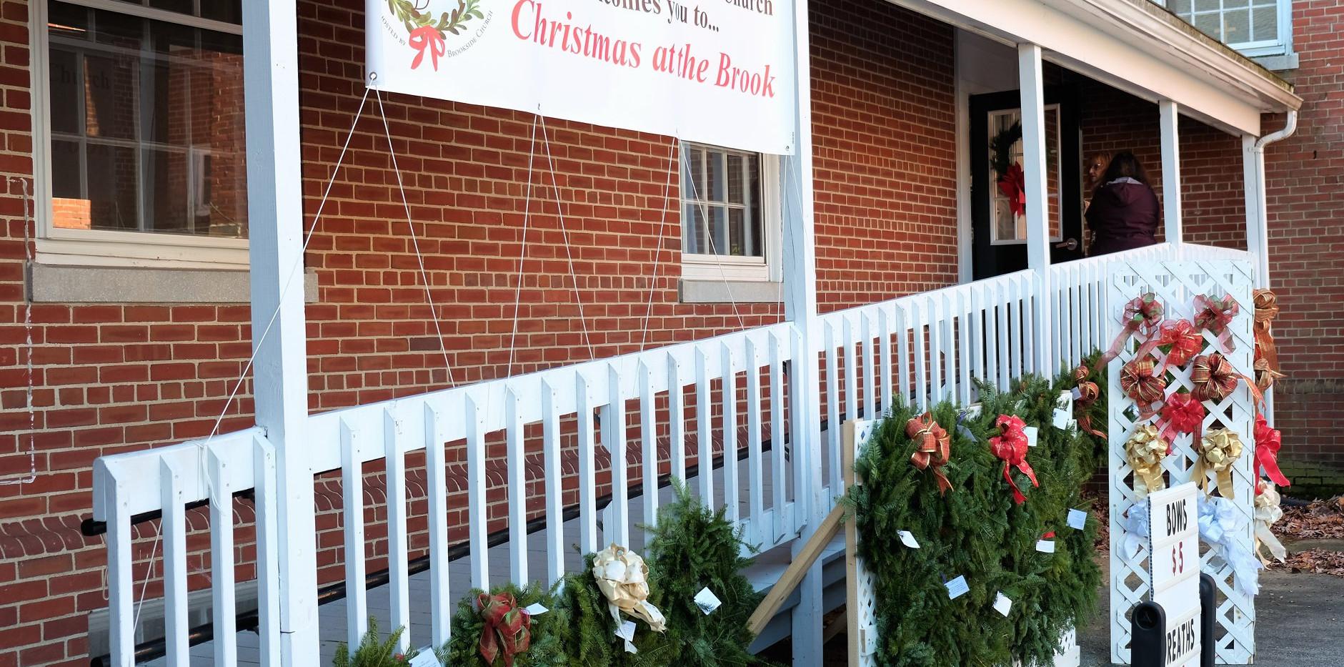 ChristmasattheBrook2019_ramp_door_wreath