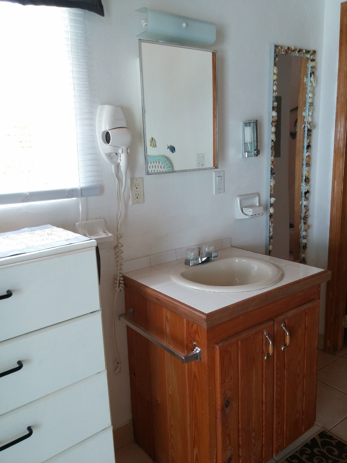 Sink and counter in the bedroom