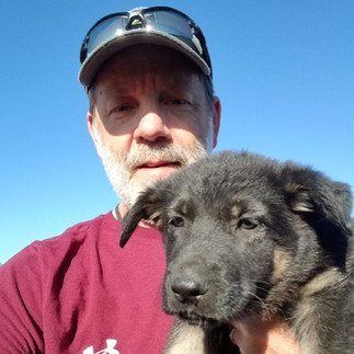 Jeff Keller and the Gold Star Father of fallen US Army PFC Andrew Keller, with a new K9s SAVE pup.