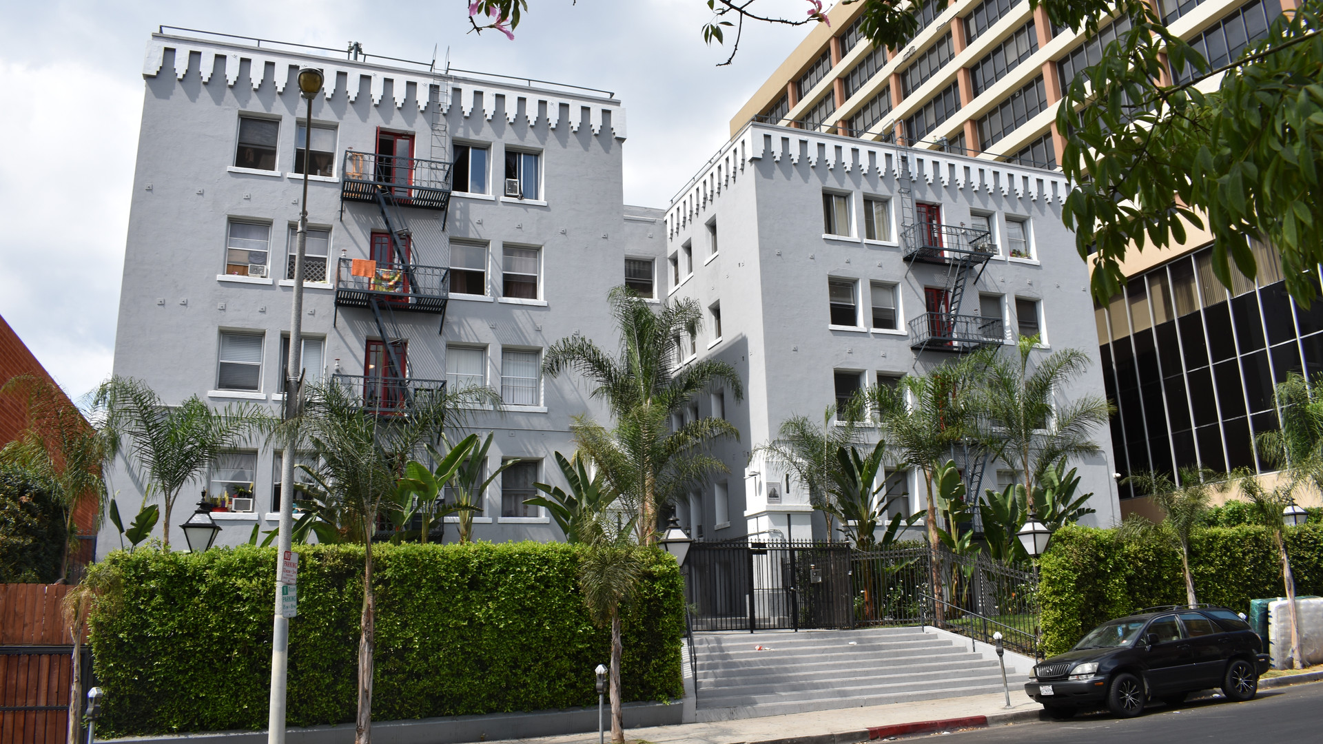 Los Angeles Koreatown Multi-Family Purchase - 59 Units