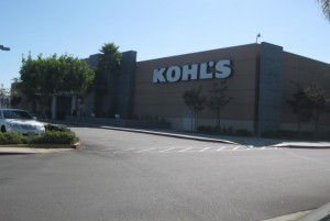 VWF Arranges $18.03 Million on Shopping Center in Lakewood, CA