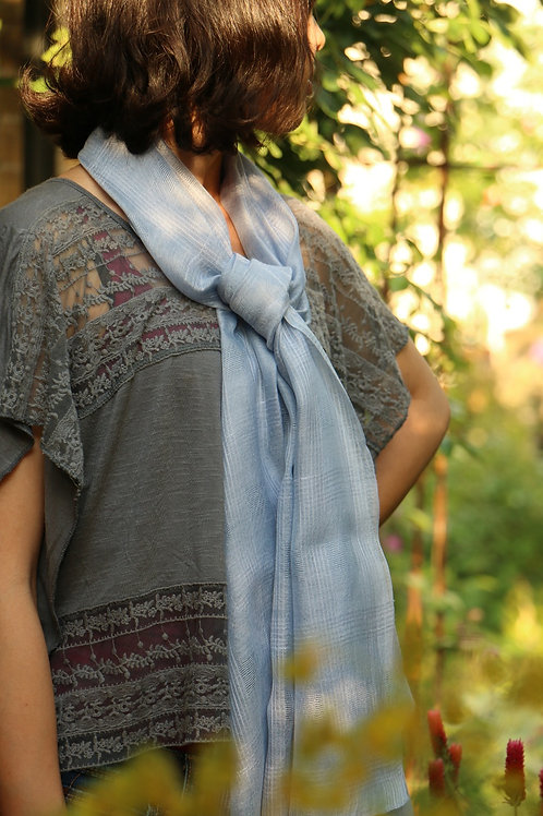Hibiscus Hand dyed 100% Silk Scarf Toison d'Or 格子