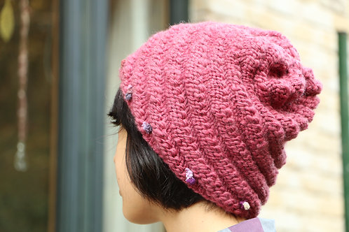Spiral Pink Hat  スパイラル模様のピンクの毛糸帽子