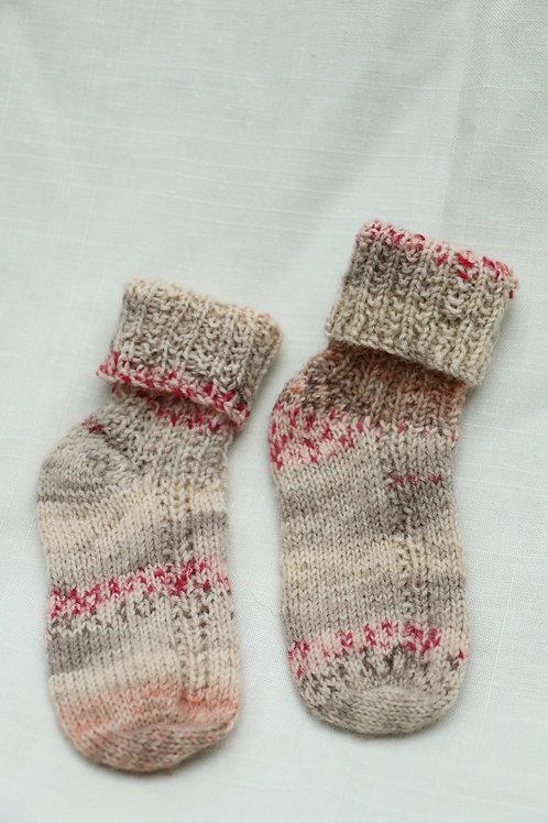 赤ちゃん用の暖か靴下 3〜6ケ月