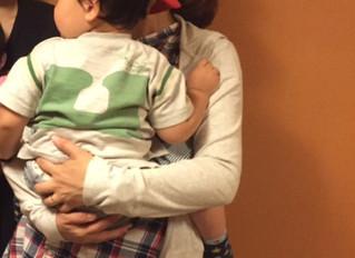 赤ちゃんに心地のよい抱っこしていますか?