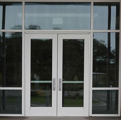 commercial-entrance-doors-crafty-design-