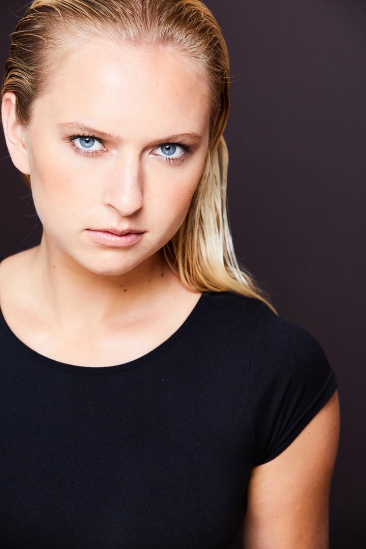Los Angeles headshots, Cathryn Farnsworth Headshots, Willow Ostman, la headshots, Best Headshots LA,