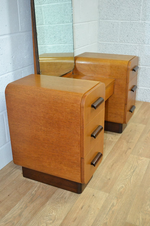 Art Deco dressing table by Czechoslavak furniture design