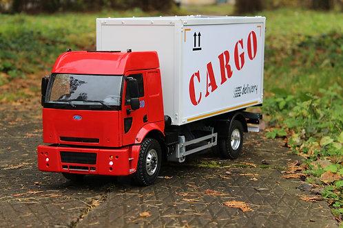 Ford Cargo фургон в 1:14 масштабе