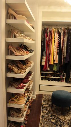 Walk in Closet shoe wall