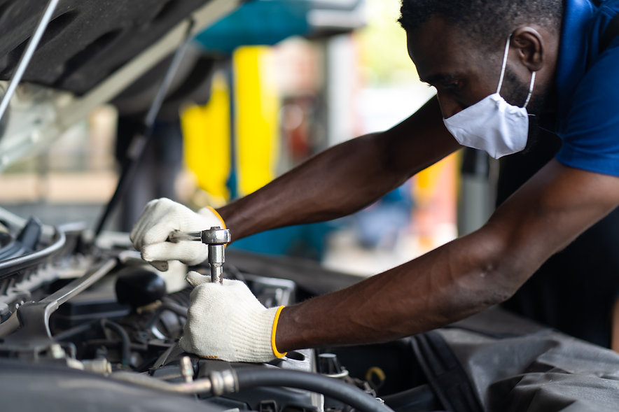 hands-expertise-car-mechanic-auto-repair