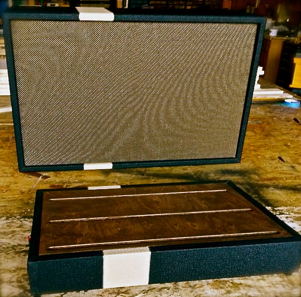 Hebert custom pedal board and cab