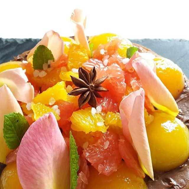 Sablée et fruits!!!.jpg