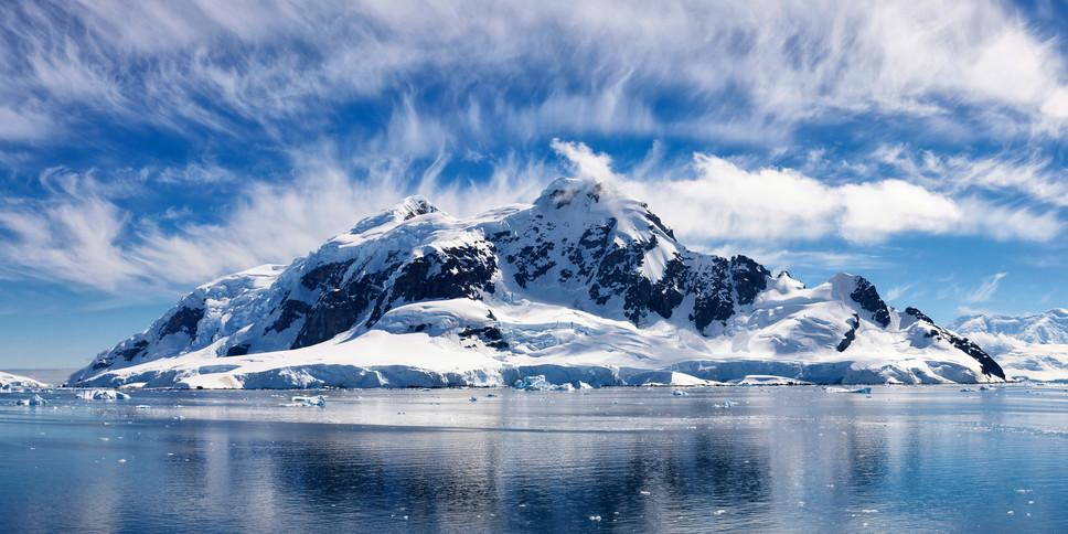 Antarctica_ParadiseBay_001_XTS.jpg