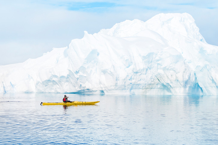 Antarctica_Iceberg_Kayak_009_SS.jpg