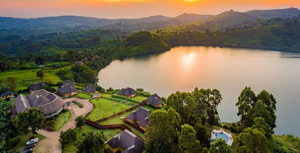 FN_Uganda_CraterSafariLodge_web_015 (1)