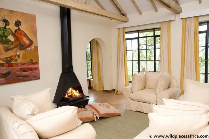 Clouds Bedroom Lounge (Luxury Lodge).jpg