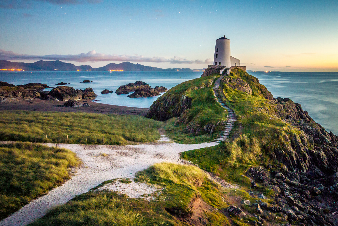 Lighthouse Anglesey.jpg