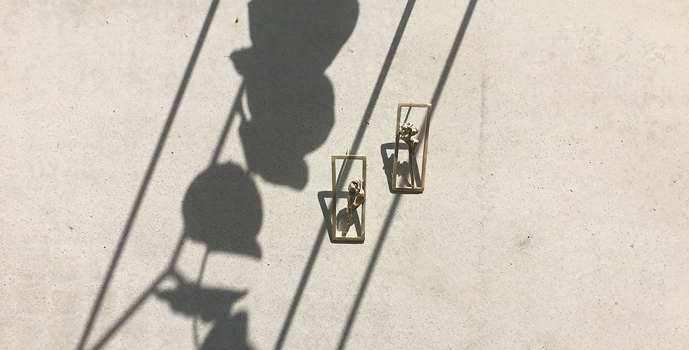 Silver Frame Earring (single)
