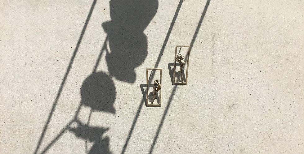 Silver Frame Earring (single)