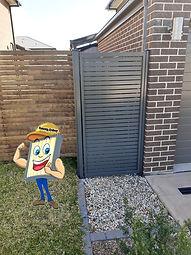 slat gate 1.jpg