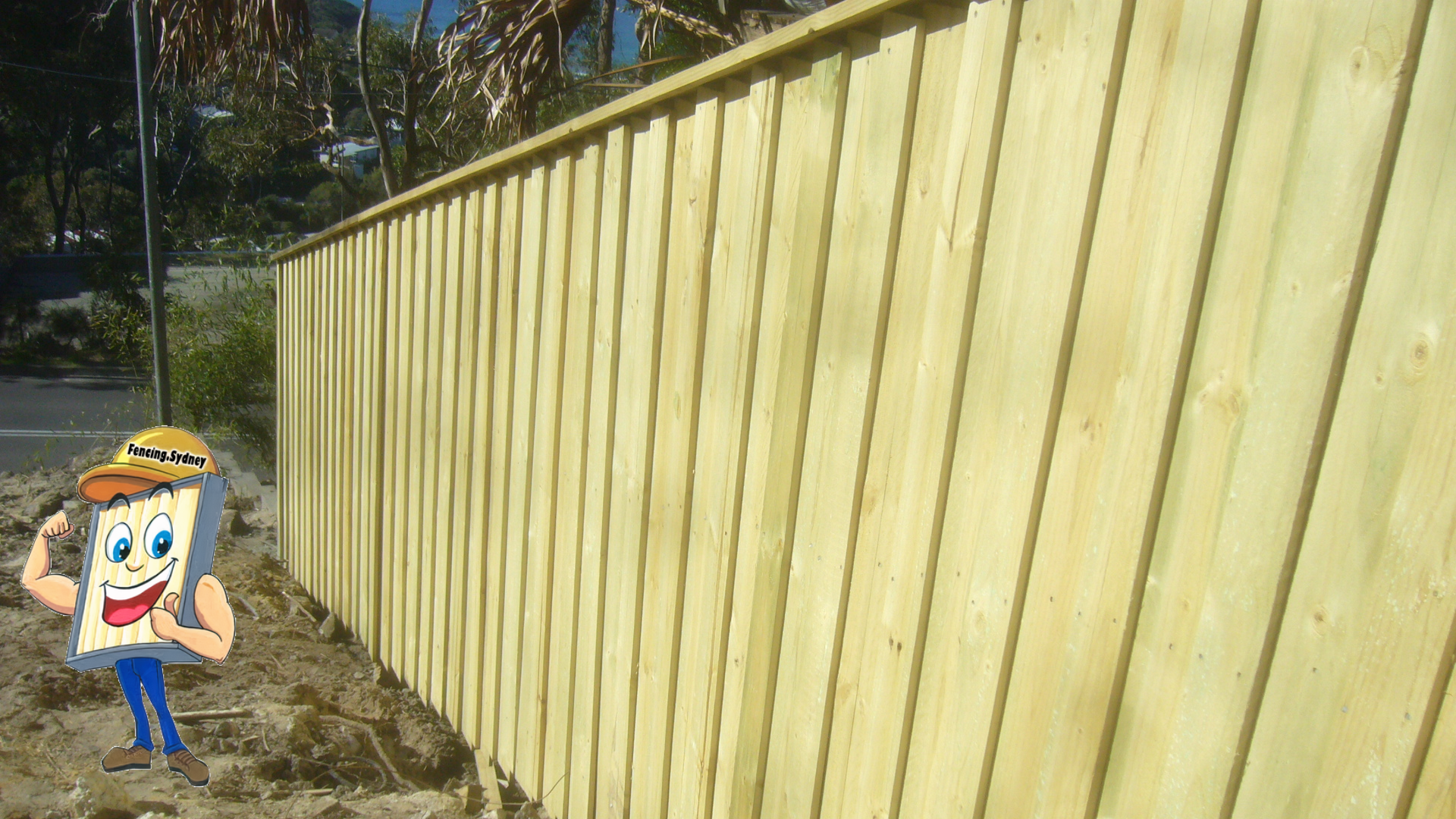 Lap and Cap Timber Fence
