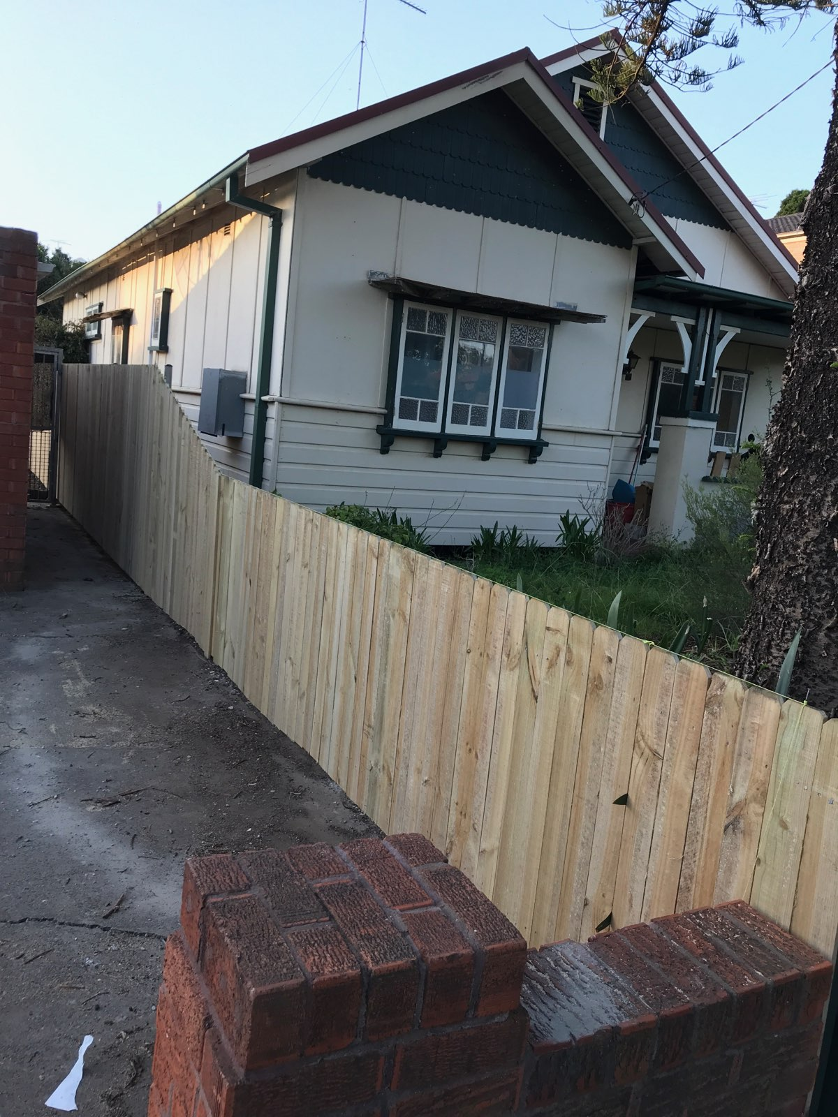 timber single paling fence blacktown