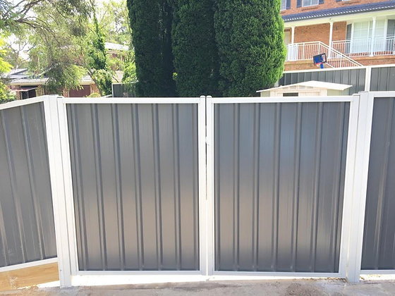 Colorbond Double Gate 2.1m (H)
