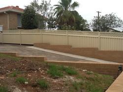 Colorbond fence with latticelorbondfenceprice.com