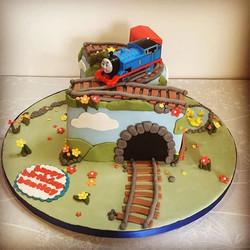 #thomasthetankengine #thomasthetankenginecake #2ndbirthday #cake #traincake #newcastlecakedecorator