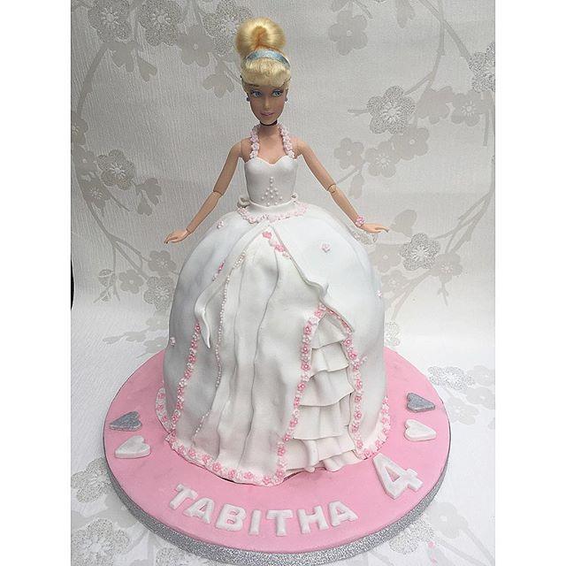 Happy birthday Tabby! #barbiecake #princessbarbie #barbie #dollcake #cake #newcastlecakedecorator #c
