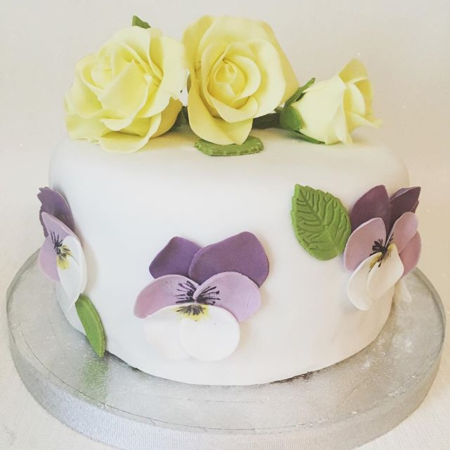 Rose and Viola birthday cake #cakenewcastle #flowercake #rosecake
