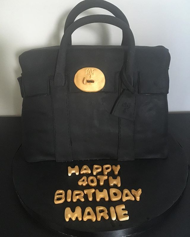 Mulberry handbag cake #mulberrybagcake #bagcake #newcastlecakedecorator