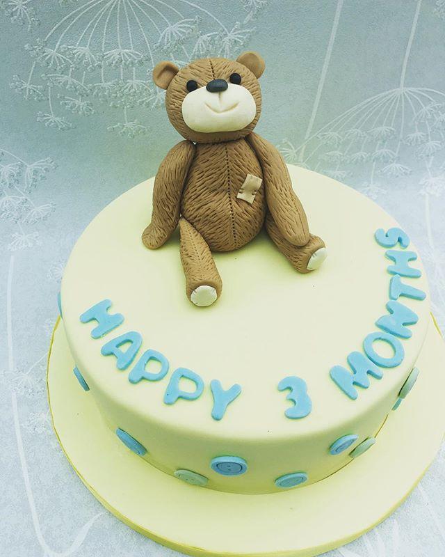#3monthsold #teddycake #newcastlecakedecorator