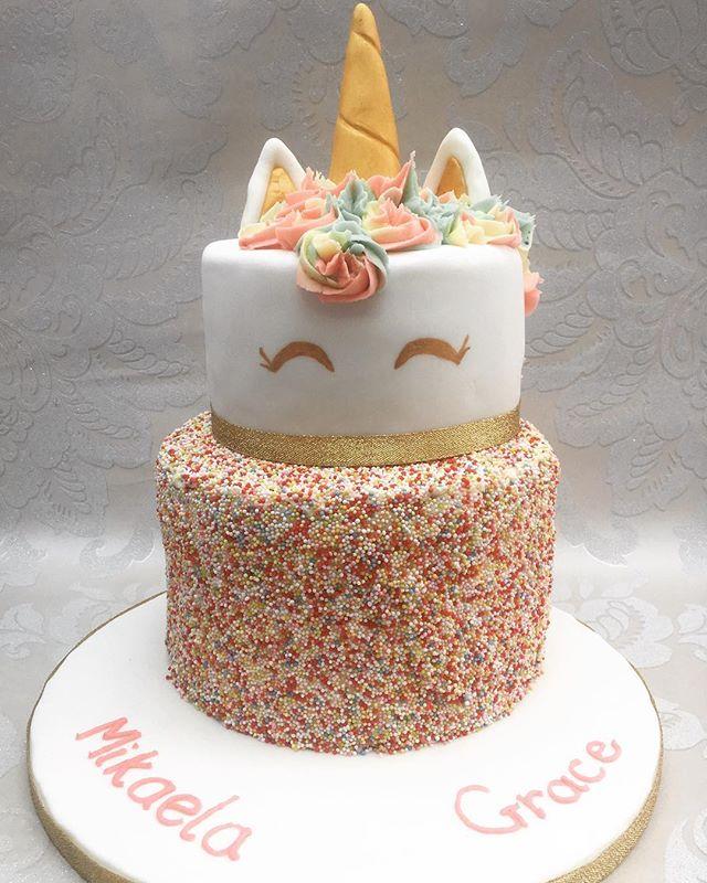 #unicorncake #unicorn #sprinklescake #newcastlecakedecorator