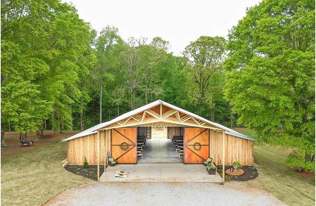 wedding-venue-villa-rica-the-barn-exteri