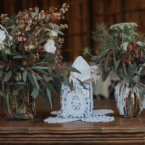 wedding-venue-villa-rica-flower-arrangem