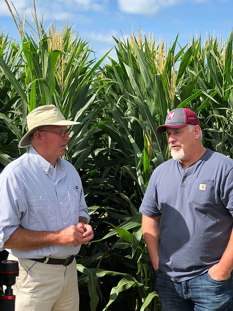 Randy Dowdy & David Hula Discussing Corn