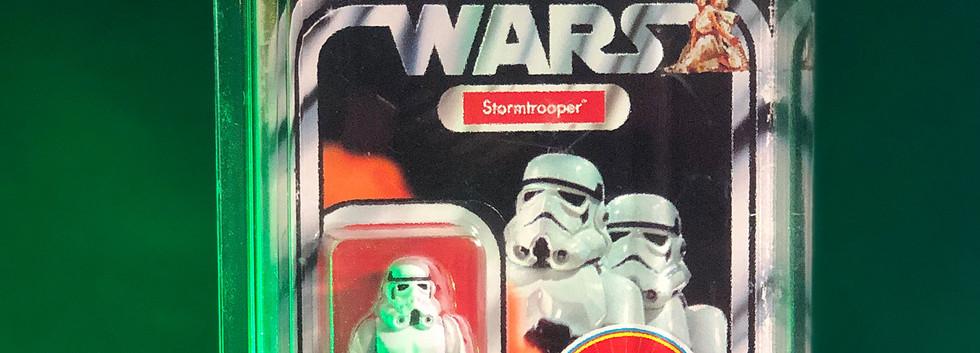 ST-69-StarWars-Retro-Stormtrooper.jpg